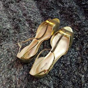 RW & CO sandal